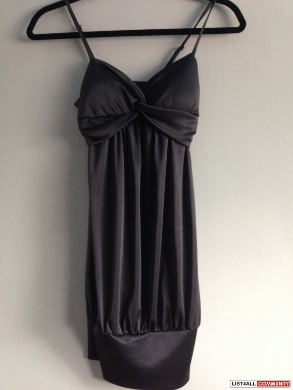 Forever 21 - Charcoal Grey Padded Dress - Small