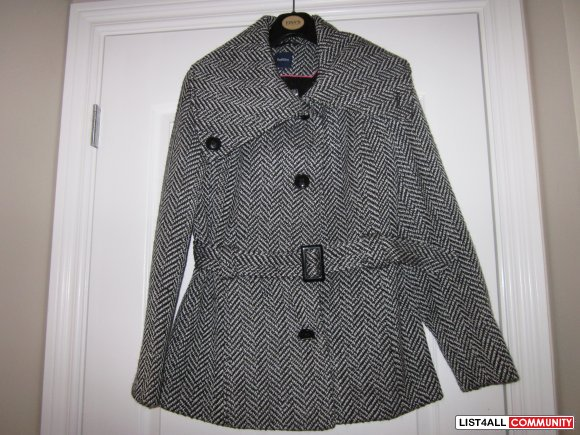 ladies jacket with tag still on it was $150 asking  $50