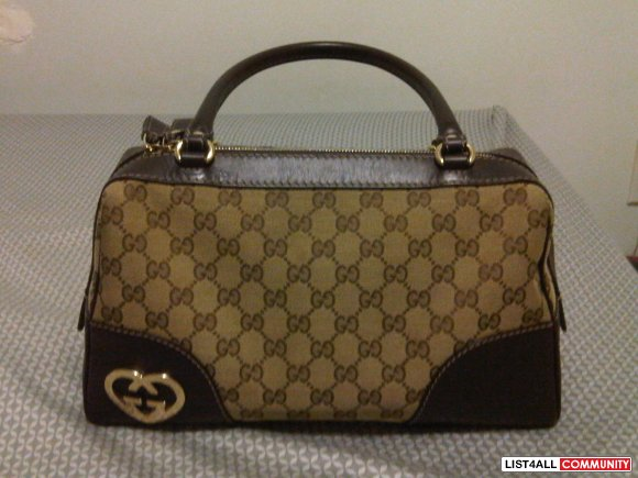 lovely heart-shaped interlock GUCCI leather monogram logo bag/hobo/pur