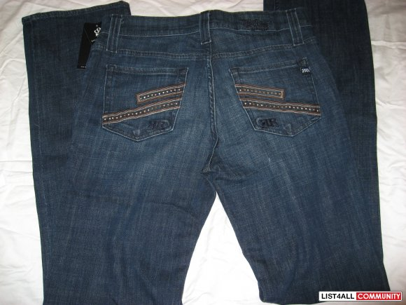 "Rock and Republic ""Neil"" Relaxed Straight Leg Jeans BNWT Size 31"
